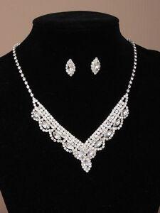 Hochzeit-Hochzeit-Kristall-Strass-glaenzend-oval-30-5cm-Halskette-amp-passend