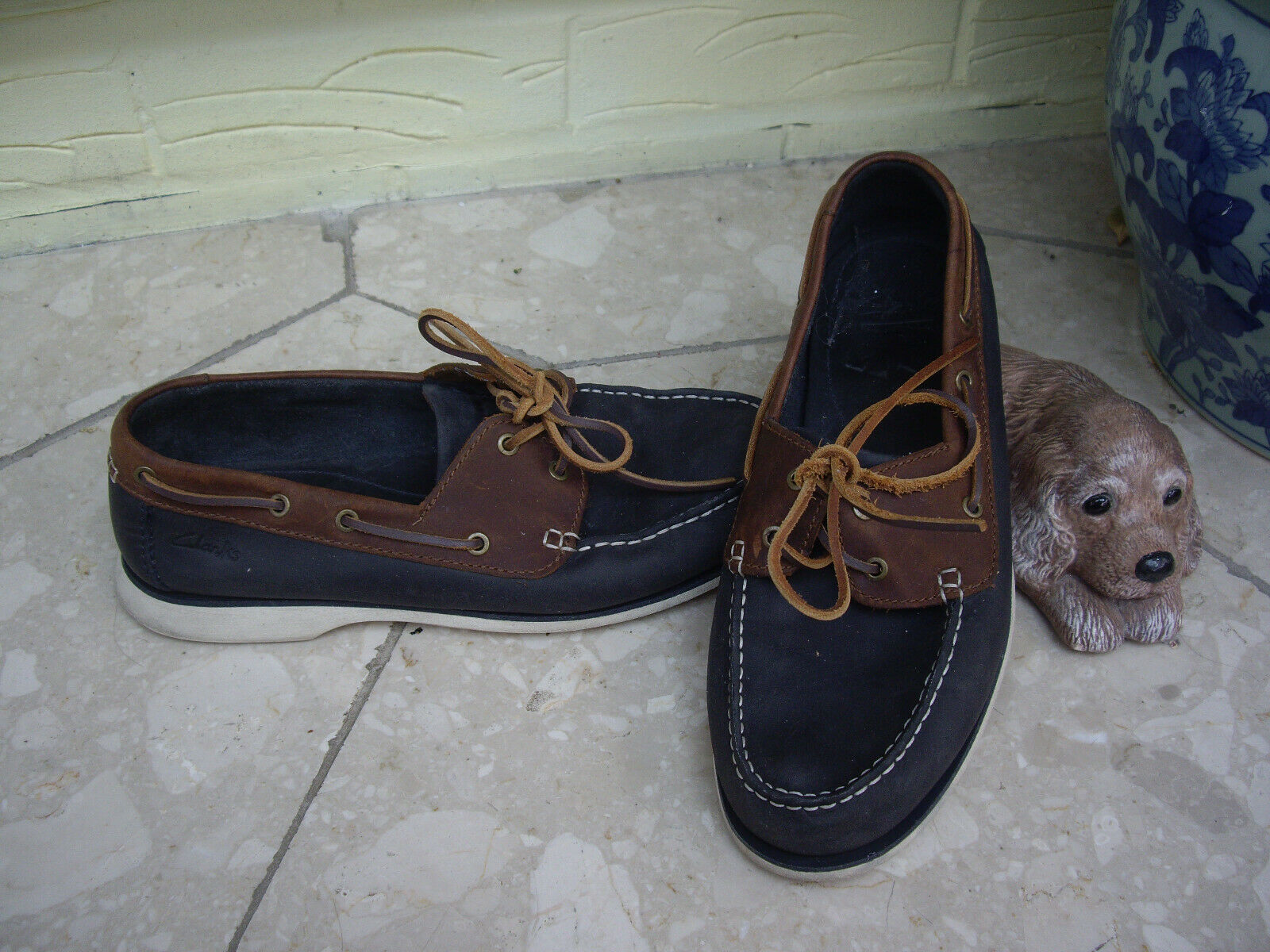 CLARKS NAVY BLUE AND BROWN LEATHER MOCCASIN SHOES CLARKS BOAT SHOES ~ 8