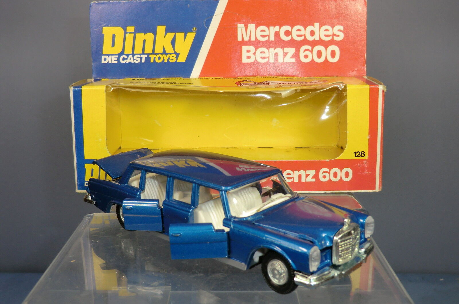 DINKY TOYS MODEL No.128 MERCEDES- BENZ 600 LIMOUSINE  VN MIB