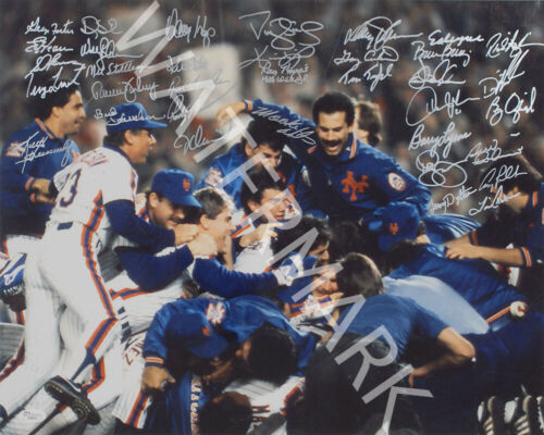 LOOKS AWESOME FRAMED NY METS 1986 WORLD SERIES SIGNED 10X8 PHOTO