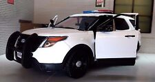 LGB G 1:24 Scale 2015 Ford Explorer Police Interceptor Utility Diecast Model Car