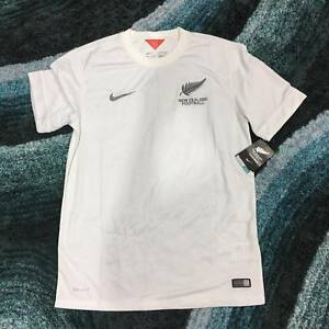 BNWT-New-Zealand-2014-Home-Kit-Jersey
