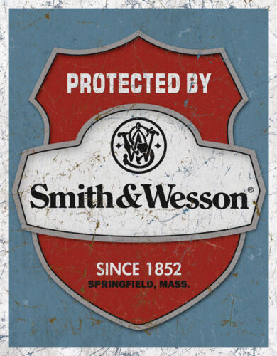 Vintage Replica Tin Metal Sign Smith /& Wesson protected by S/&W Gun Pistol 1682