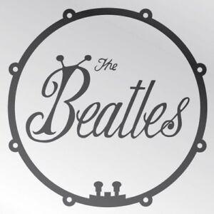 Le Bogue Officiel De Beatles Et Le Tambour Aimant De Réfrigérateur Rétro Vintage