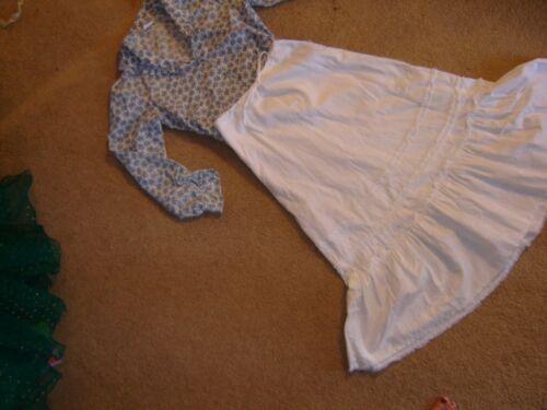 Prairie pioneer costume ivory blue calico blouse o