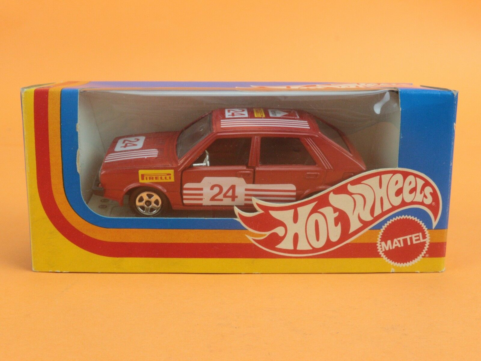 Mattel 1 43 Hot Wheels a159 to 159 Lancia Delta Rally in Box [og3-024]