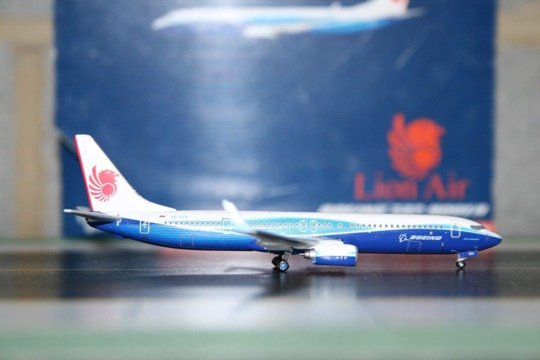 Gemini Jets 1 400 Lion Air Boeing 737-900 PK-LFF 'Dreamliner' (GJLNI635)