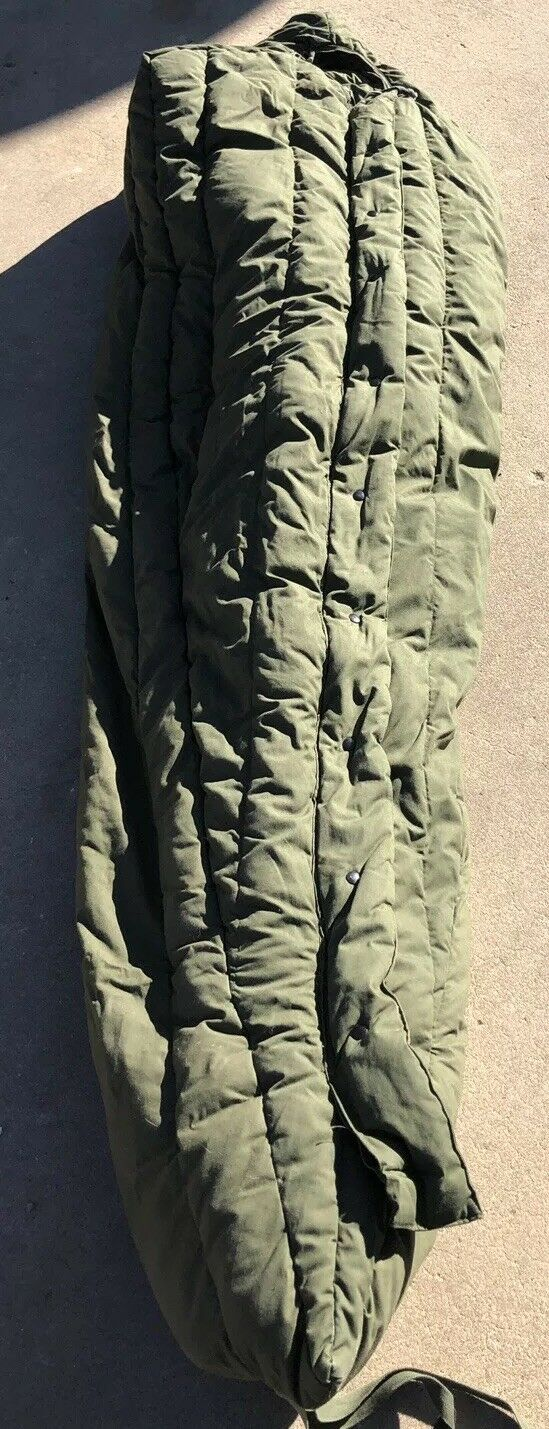 US Military Extreme Cold -20 Sleeping Bag NSN 8465-01-033-8057 Down Poly