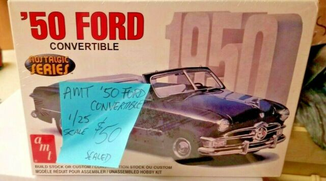 AMT #38451 Ford `50 Convertible 1:25 Scale**Sealed Box**Combined Shipping**