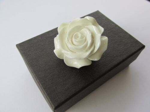 Handmade Unusual Gift Idea Pretty White Rose Flower Brooch Pin  Gift Boxed  *