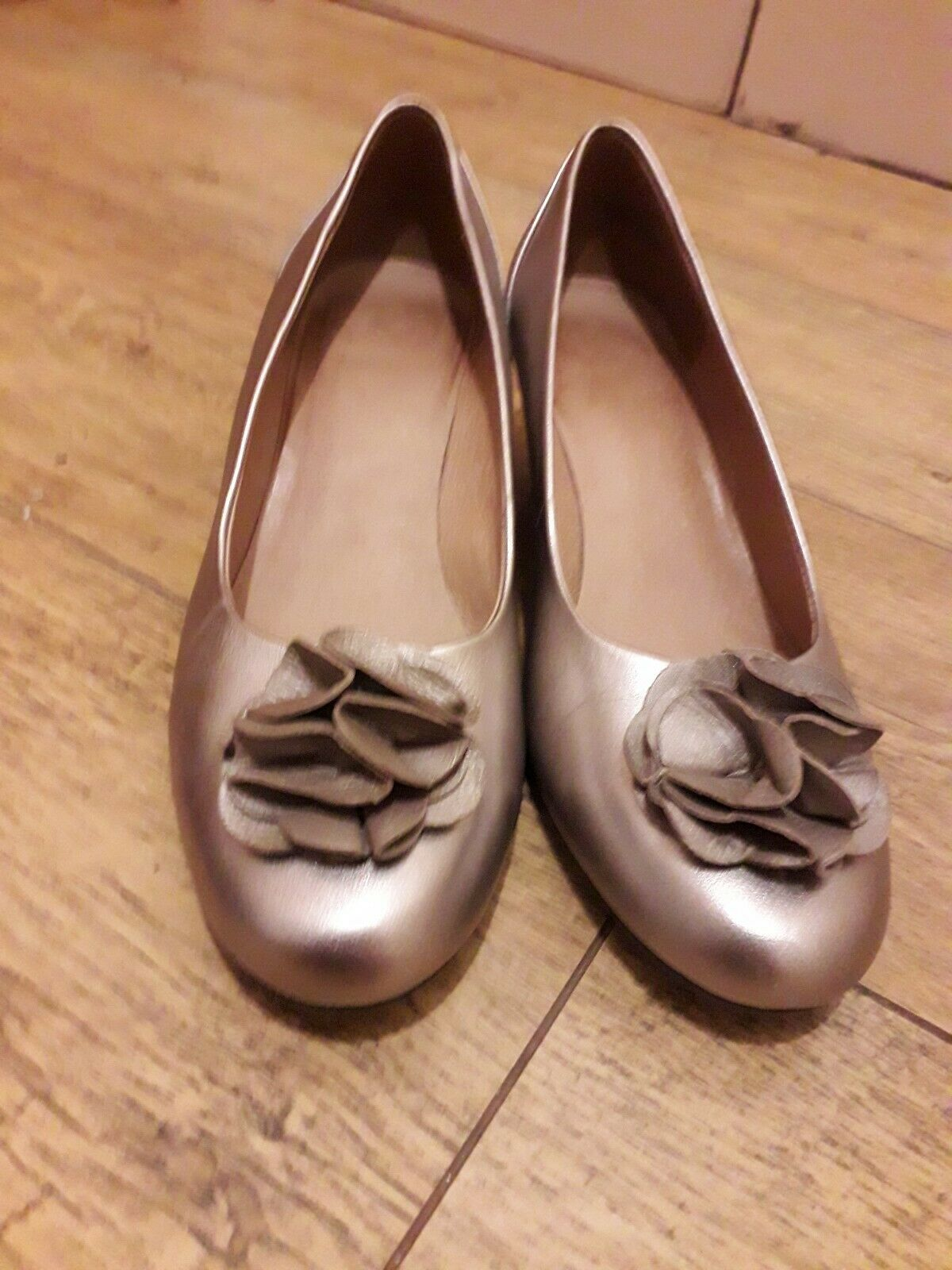 Ladies K Gold Mother Of The Bride Shoes Wide Fit Size 6 Width E