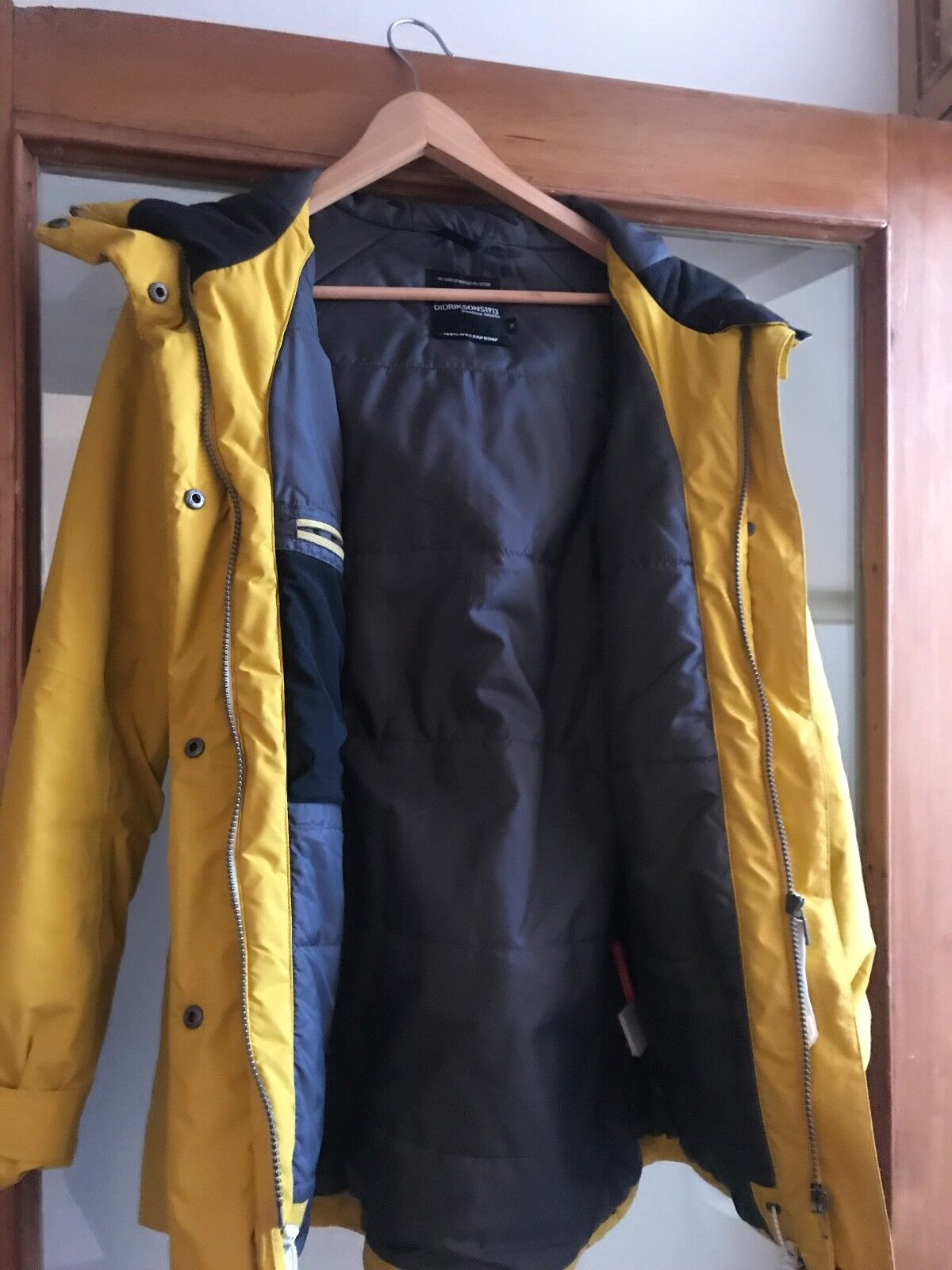Women's Didrikson's yellow parka size 10, hardly worn