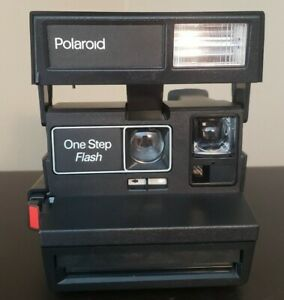 Vintage-1990-039-s-Polaroid-One-Step-Flash-Camera-with-Strap-amp-Carrying-Case