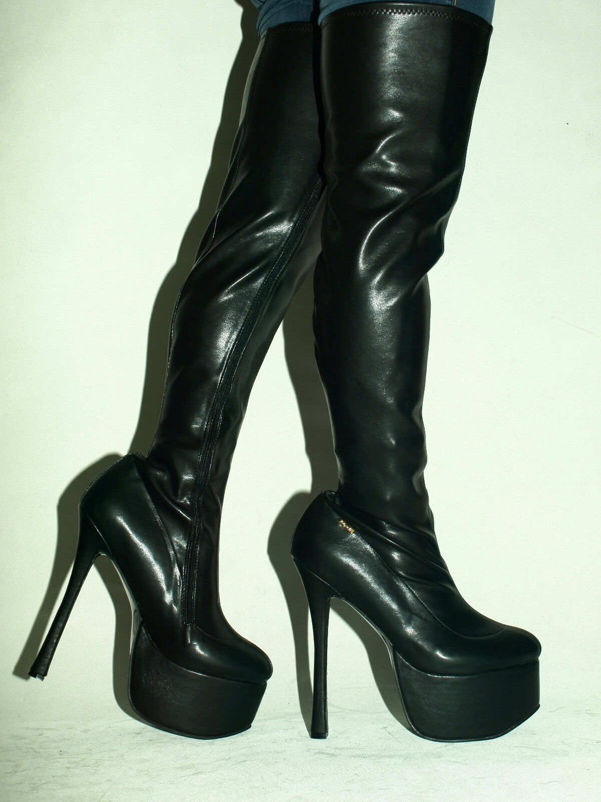 IMITATION LEATHER HIGH BOOTS SIZE 6-16 HEELS-8,1