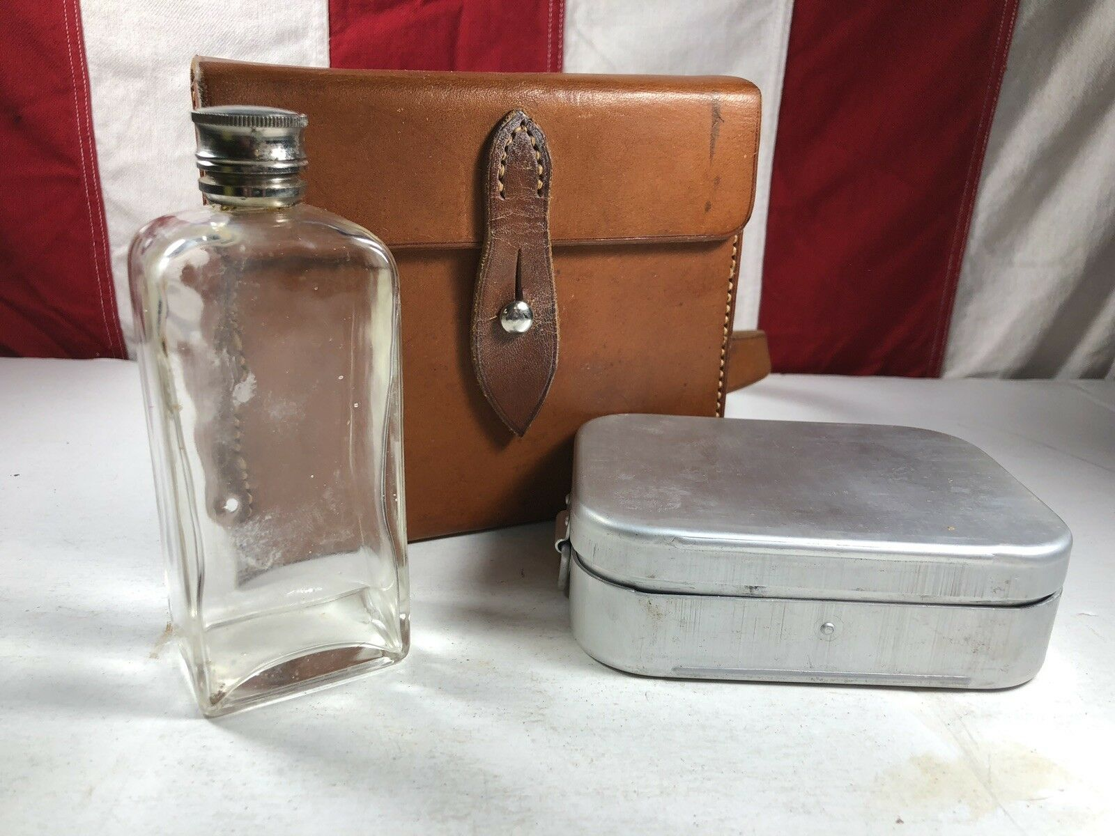 Vtg Leather Unbranded Fox Hunting Case - Flask and Sandwich Case