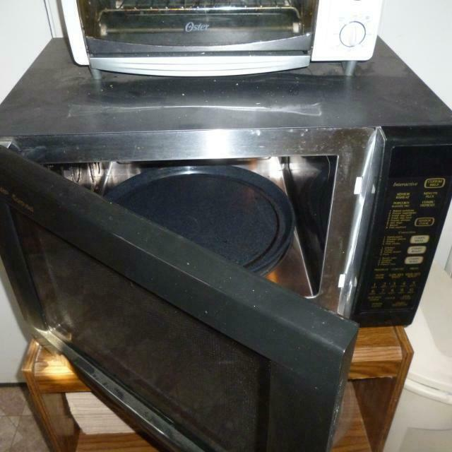 Sharp Carousel Convection Microwave Oven Model R 930a Black Moderate Use Exc