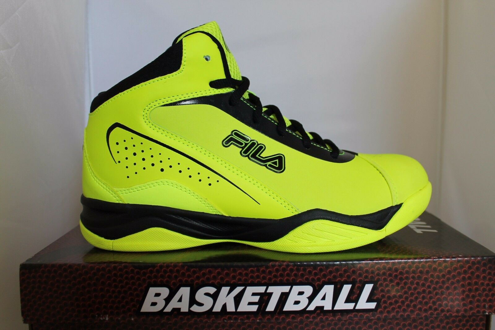 Mens Fila Contingent Safety Yellow Black Basketball shoes Sneakers Trainers NIB