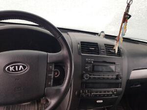 2009 Kia Borrego 4WD EX V8 SUV, Crossover