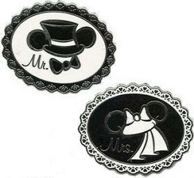 2 Pins Included /& Mrs Wedding Trading Pin Set Disney Parks Mickey /& Minnie Mr