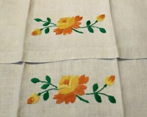 Set-of-2-Beautiful-Rose-Embroiderd-amp-Hemstitched-Linen-Hand-Towels-16-x-11-5-034