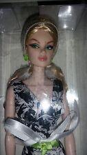 Business Class Anja Jason Wu Integrity Fashion Royalty Doll Jet Set Conv. - NRFB