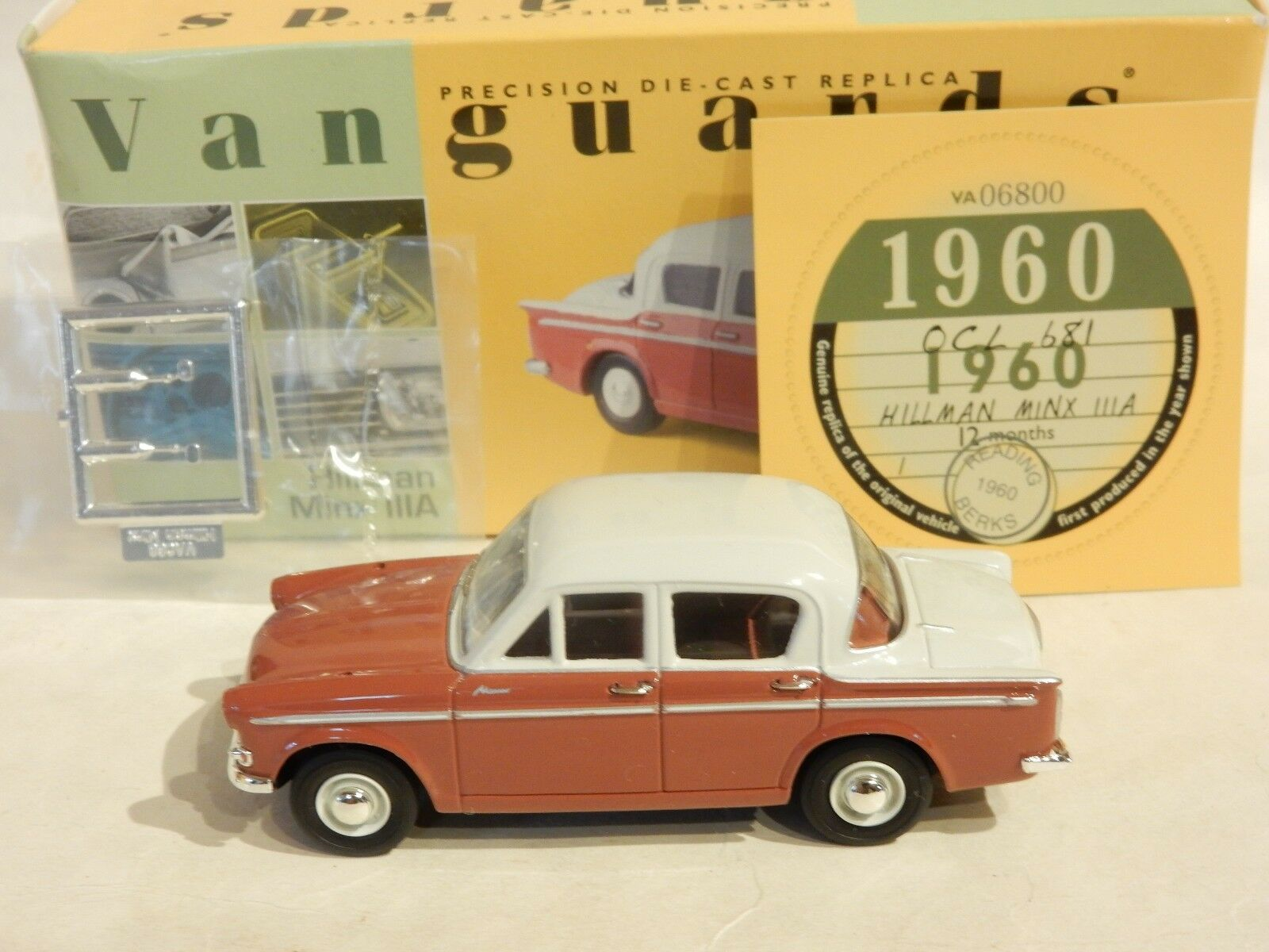 VANGUARDS VA06800 HILLMAN MINX 3A 3A 3A EMBER RED & CREAM 1 43 SCALE. MIB a4c341