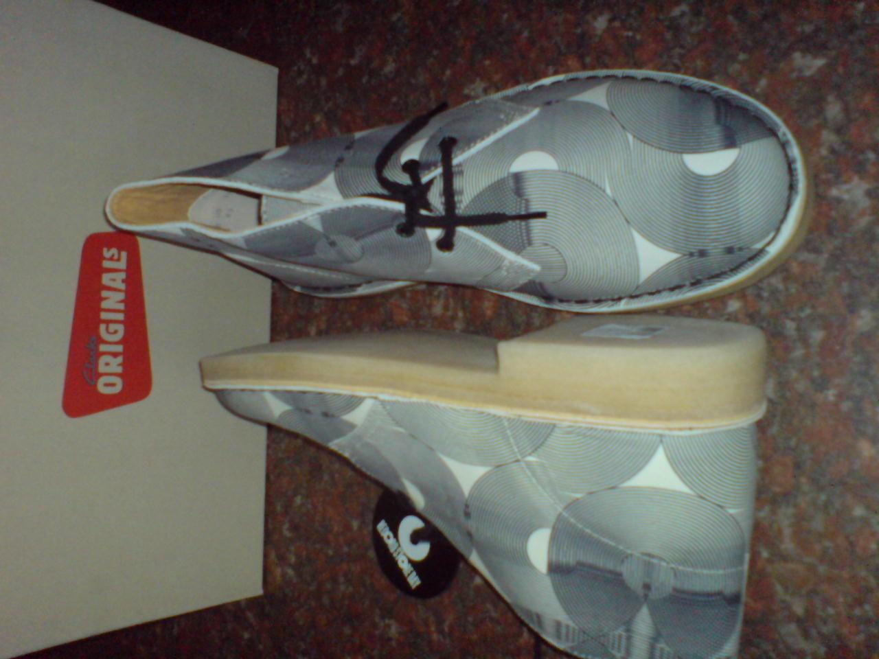 Clarks  Para Hombre   Botas Desierto Desierto Botas X Blanco Y Negro Cuero  F 2ade15