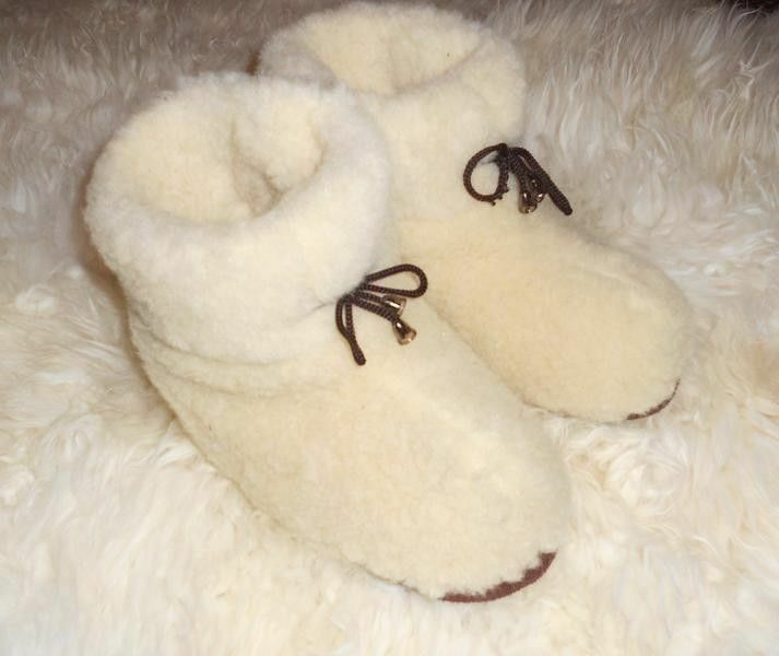 100% pure white sheep Wool SLIPPERS, New genuine felt merino white pure Boots Women's sizes 15334d