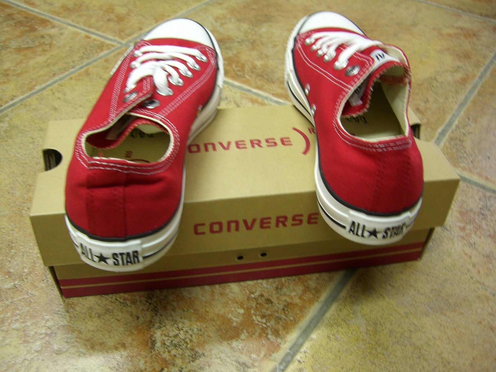 Converse  Chucks  All Star  OX  Gr.43  Red  Rot  M9696  Neu  Super Trendy