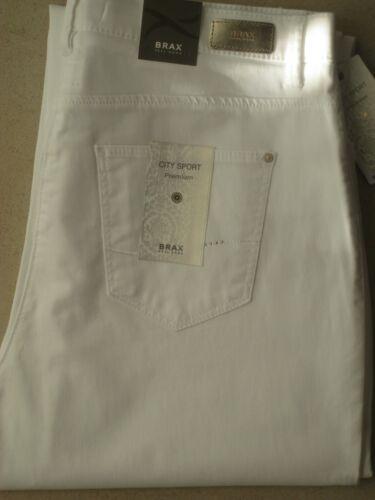 Stretchjeans BRAX Jeans Carola Sport weiß softe Sommerualität neu