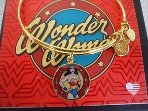Alex and Ani WONDER WOMAN Shiny Gold Charm Bangle New W// Tag Card /& Box