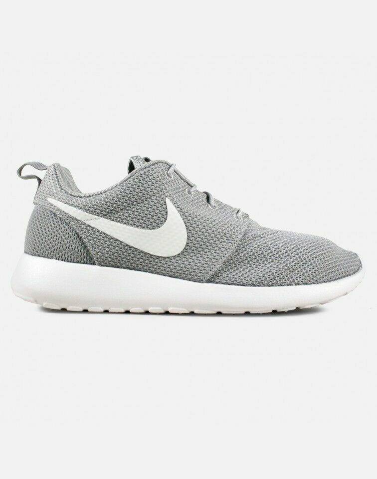 Nike Roshe One 1 Run Size 8 8.5 13 Wolf Grey White Black Silver yeezy 511881-023