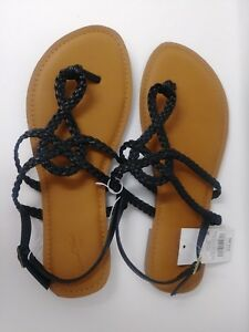 d485637614a NWT by UNIVERSAL THREADS Black Thong Sandals w  Buckle Women s Size ...