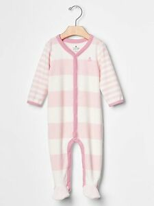 618429ae5f33 GAP Baby Girls 0-3 Months Pink   White Striped Velour Footed One ...