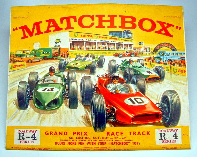 Matchbox r-4b Roadway  Grand Prix Race Track  1964 Made in New Zealand