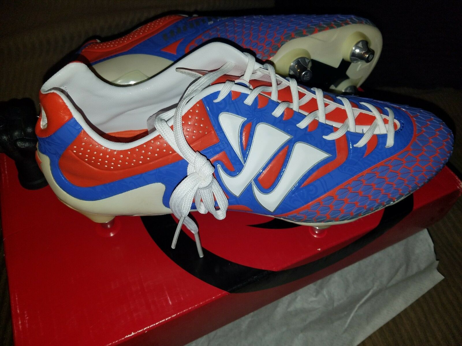 Warrior Skream Pro soccer cleats size 10 soft ground