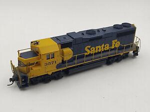 Athearn-HO-Train-Santa-Fe-EMD-GP38-Dummy-Diesel-Locomotive-3571-EX-w-KDs