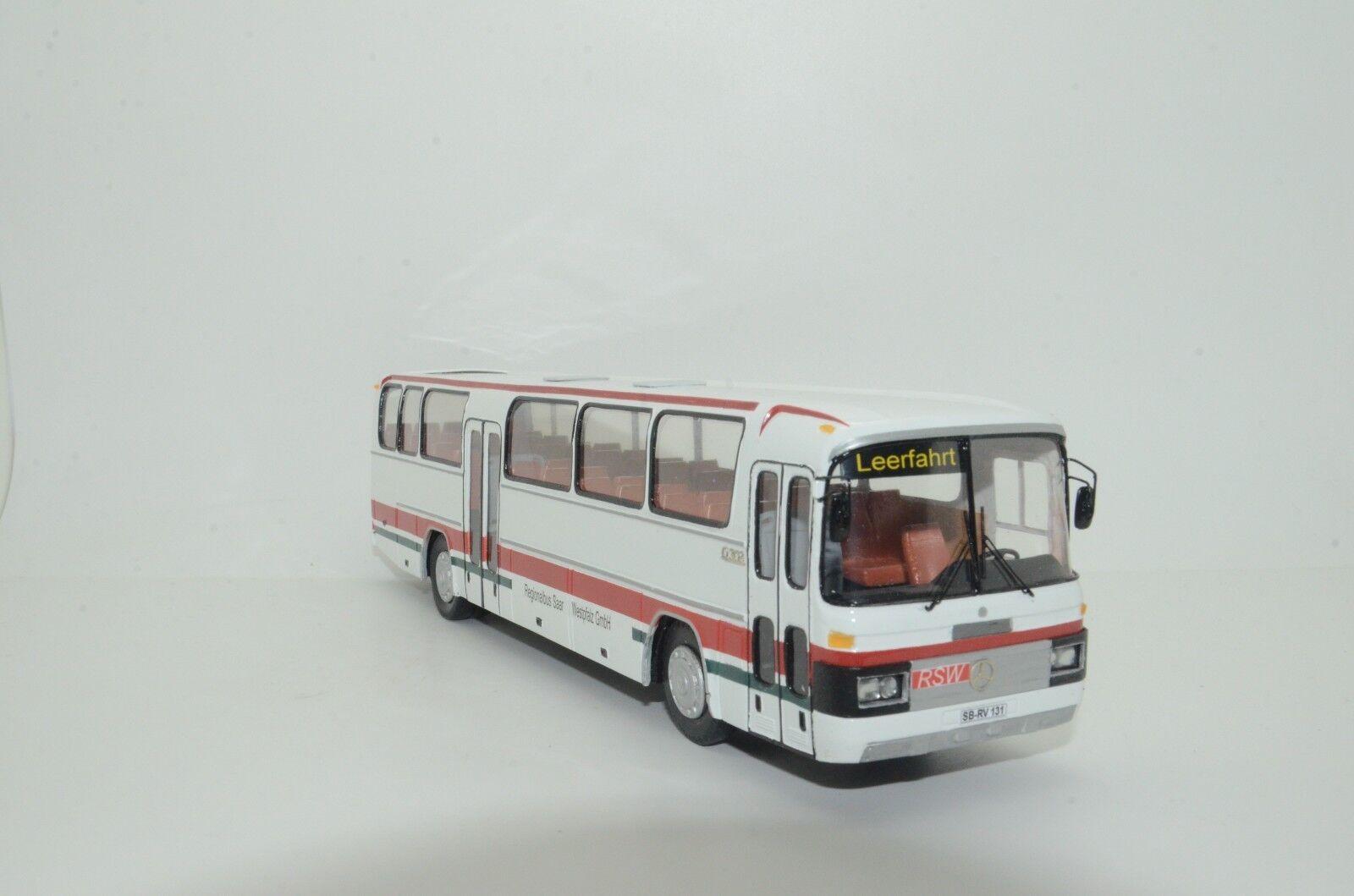 MEGA RARE Mercedes 0 303 923;65533; Berlin och buss RSW Hand Made Vector modellllerler 1  43
