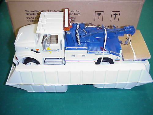 DG 1 25 Place Force Toys Tow Truck 60-2K01-03