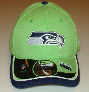 New Era Hat Cap NFL Football Seattle Seahawks Reverse 39THIRTY S M ... 4c8696b5d