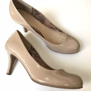 CL by Chinese Laundry Women Size 10 Classic Patent Tan Beige Heels Pumps Shoes