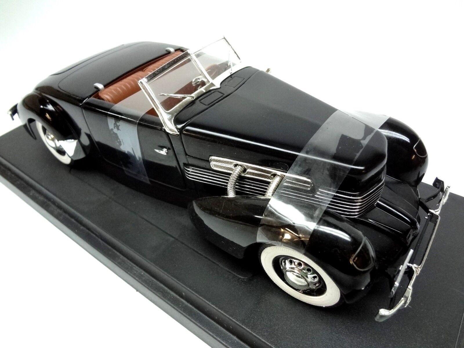 1937 Cordon Modèle 812 Sportsman Super Charged 1 18th Scale Diecast ERTL El 810 L29