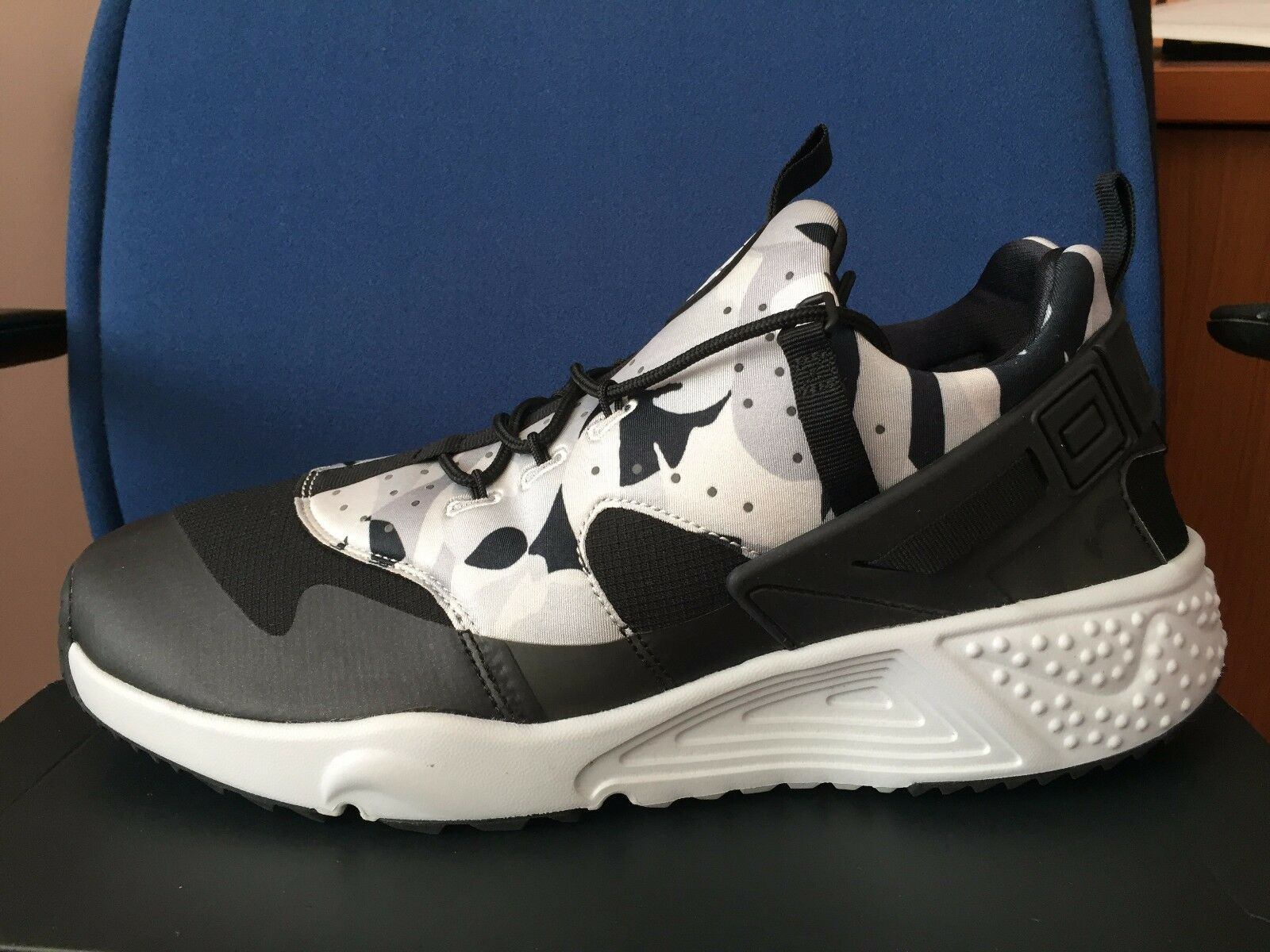 Nike Air Huarache Utility CAMO sz 15 Black White Grey Mens Run Shoes 806807-001