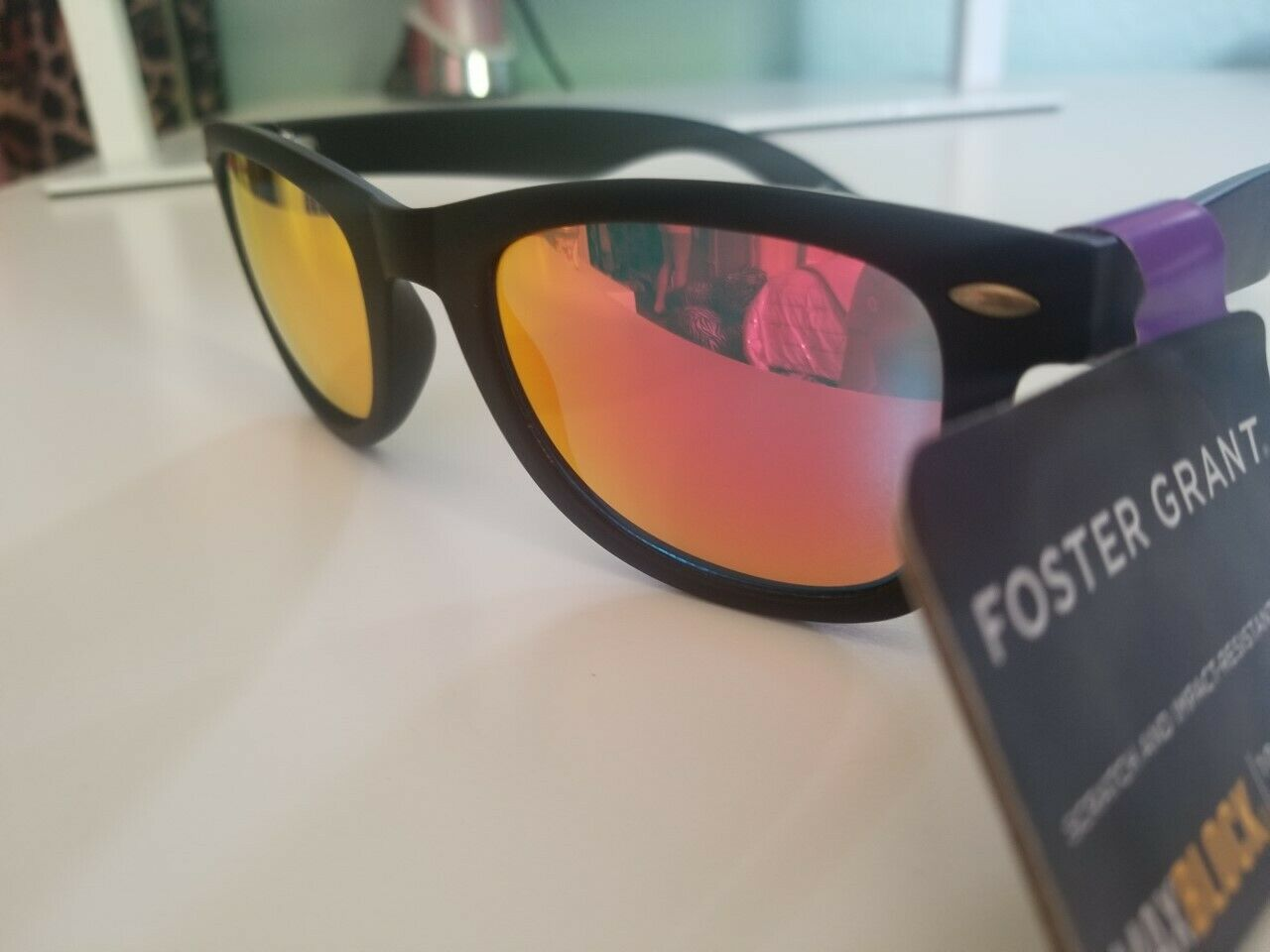 FOSTER GRANT SUNGLASSES PINK MIRRORED LENS BLACK RUBBERIZED FRAME 815286 NEW