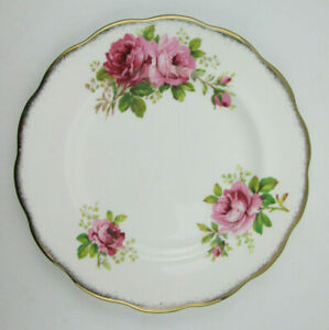 Royal-Albert-American-Beauty-8-1-8-Salad-Plate-Pink-Roses-Gold-Trim-Bone-China
