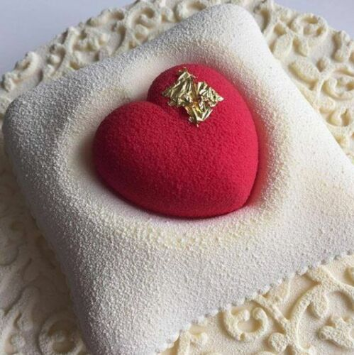 2PCS-Silicone-Romantics-Heart-Pillow-Shaped-Kit-Molds-For-Chocolate-Brownie-Cake