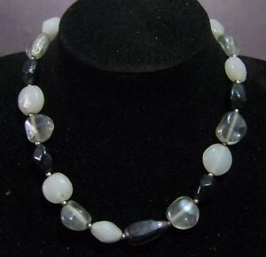 Pretty silver tone metal necklace with various pretty beads approx 3846 cms - Newent, United Kingdom - Pretty silver tone metal necklace with various pretty beads approx 3846 cms - Newent, United Kingdom