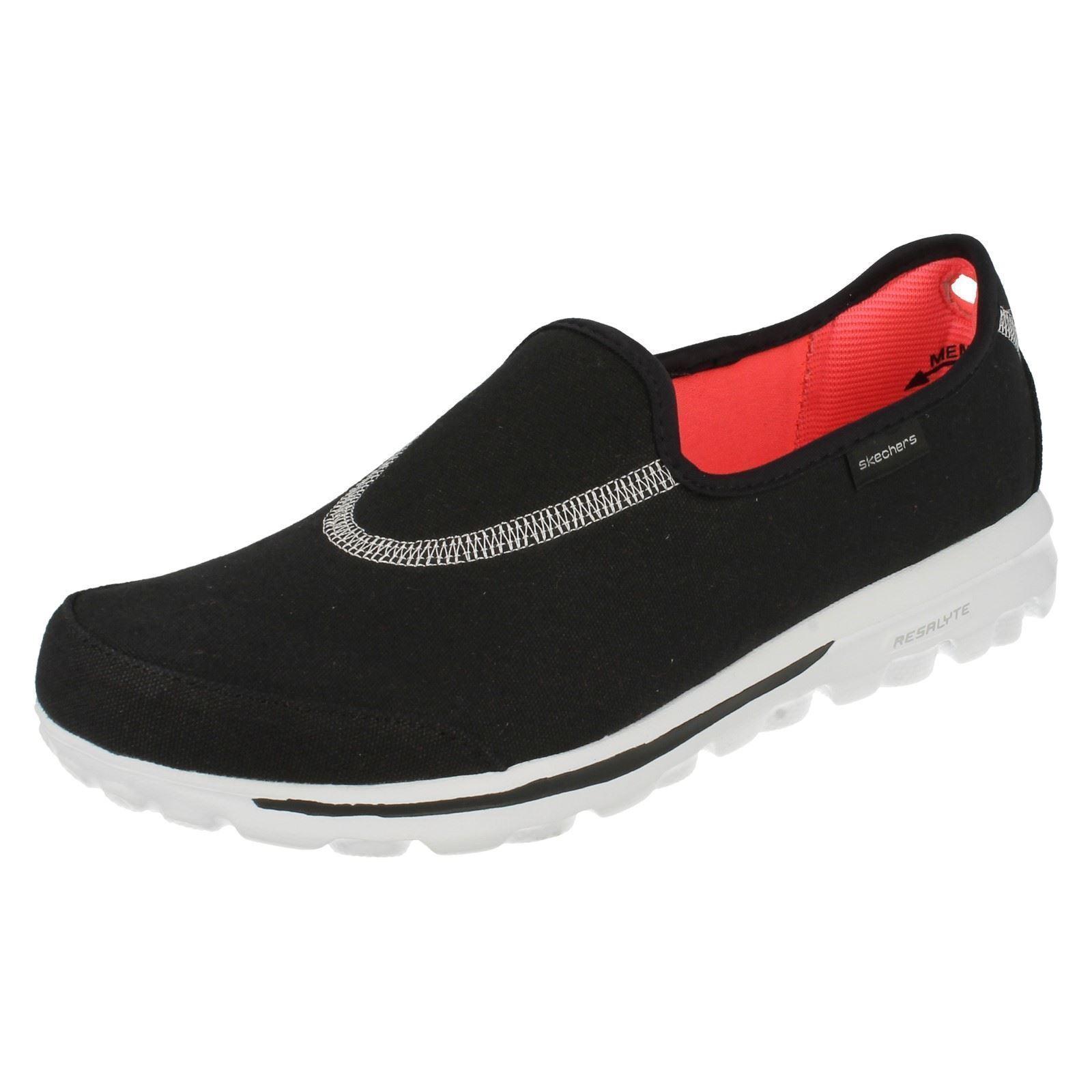 Señoras Skechers textiles Punta rojoonda Slip On Negro Negro Negro formadores caminar ampliar 13771  con 60% de descuento