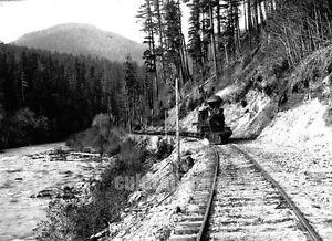 OREGON SANTIAM RIVER Corvallis & Eastern Railroad View