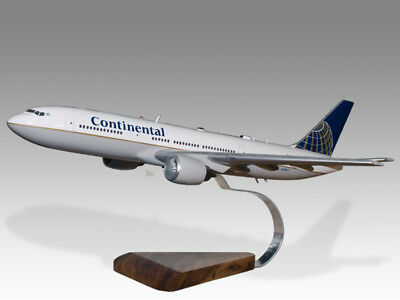 Adroit Boeing 777-200 Continental Solidkiln Dry Wood Handcrafted Airplane Desktop Model